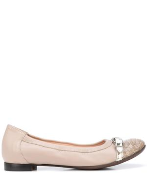 Leather Ballet Flat With Snake Cap Toe