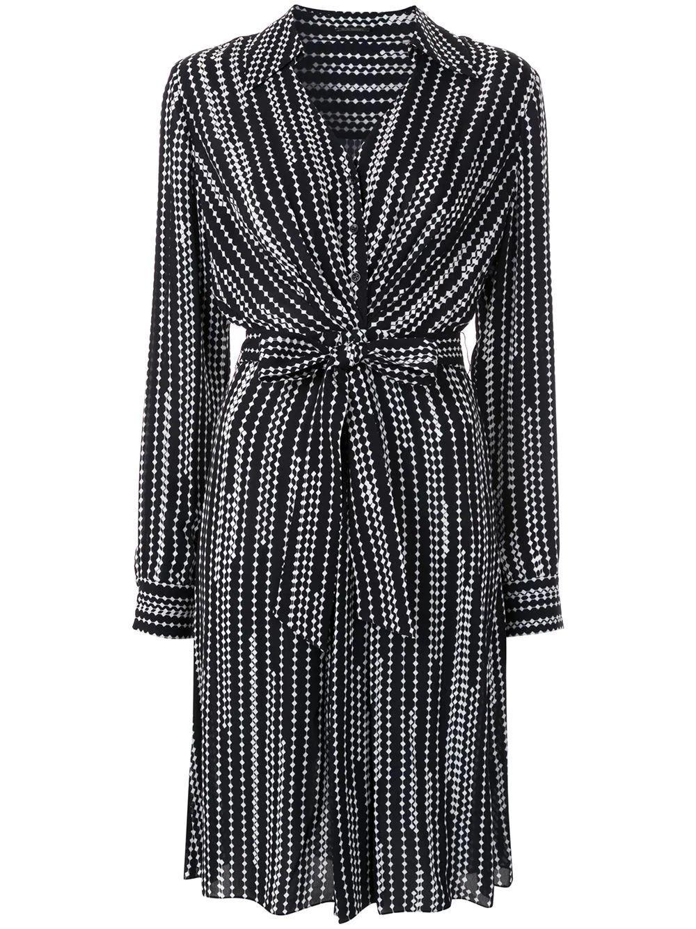 Saxon Belted Dress Item # EN04J609