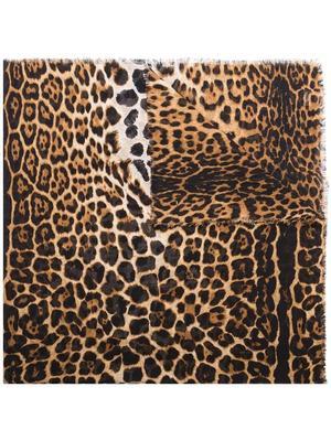 Classic Leopard Print Scarf