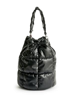 Scarlet Quilt Bucket Bag