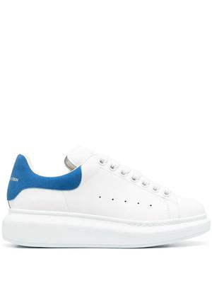 Lace Up Low-Top Sneaker