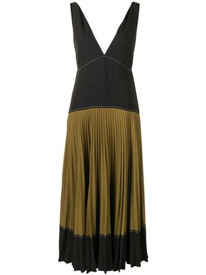 Color Blocked Pleated Dress
