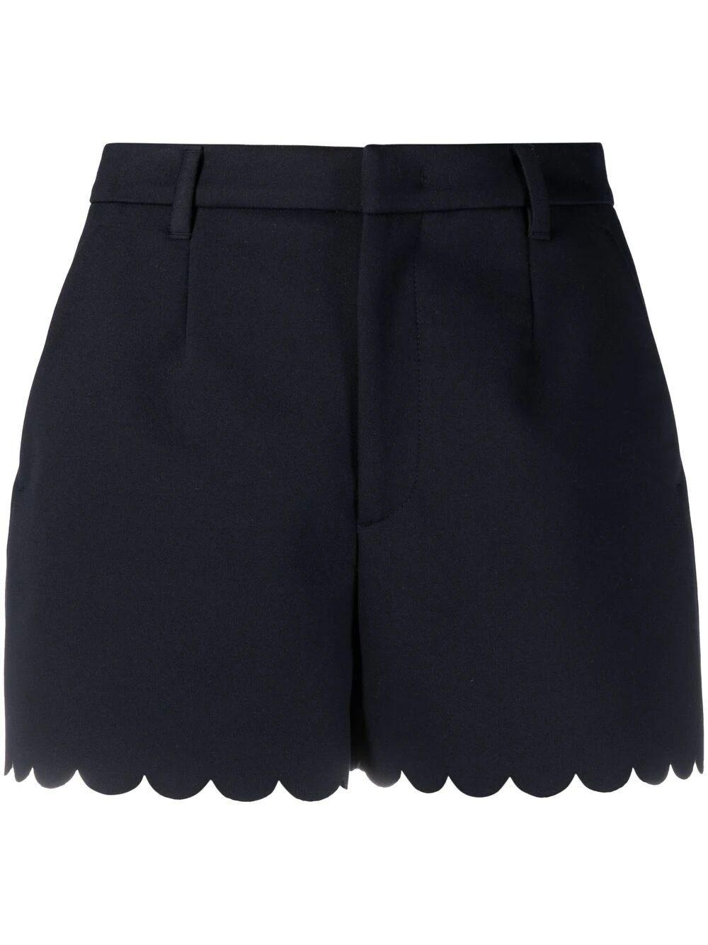 Scallop Hem Shorts Item # VR0RFF105S4