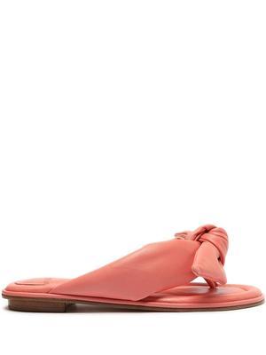 Soft Clarita Flat Sandal