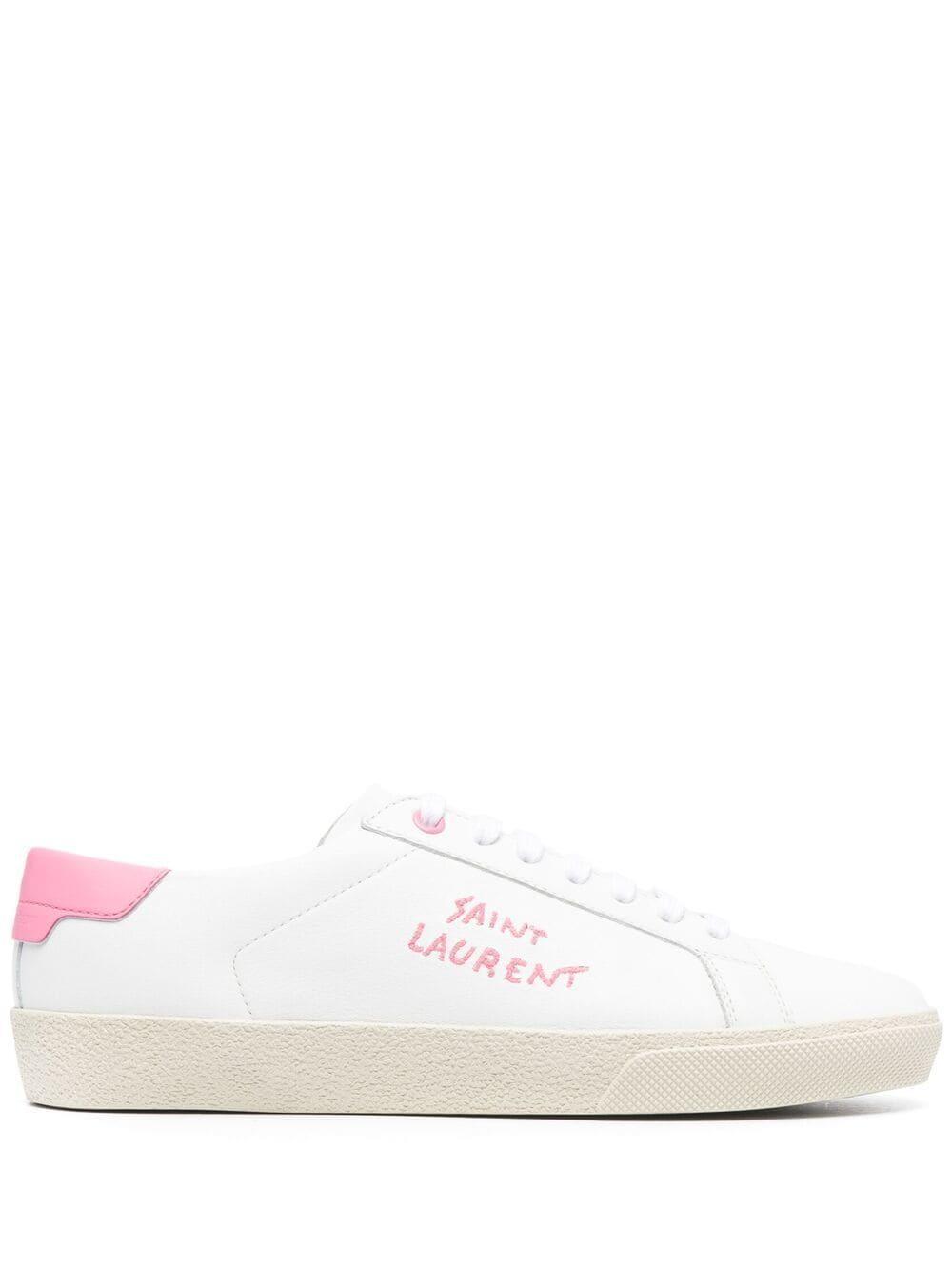 Signature Sneaker Item # 61064900NI0