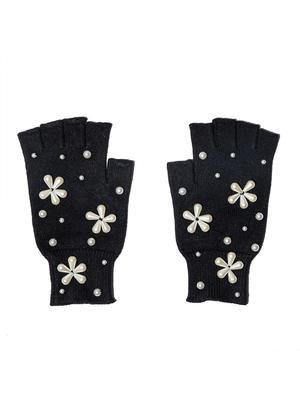 Pearl Snowflake Gloves